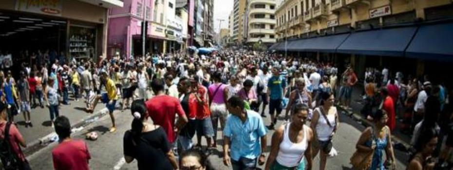Crise econômica emperra desenvolvimento humano no Brasil