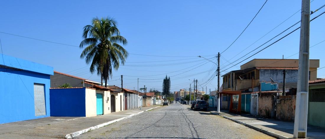 Morador sugere a PMR correções em trânsito de avenida na Vila Julieta